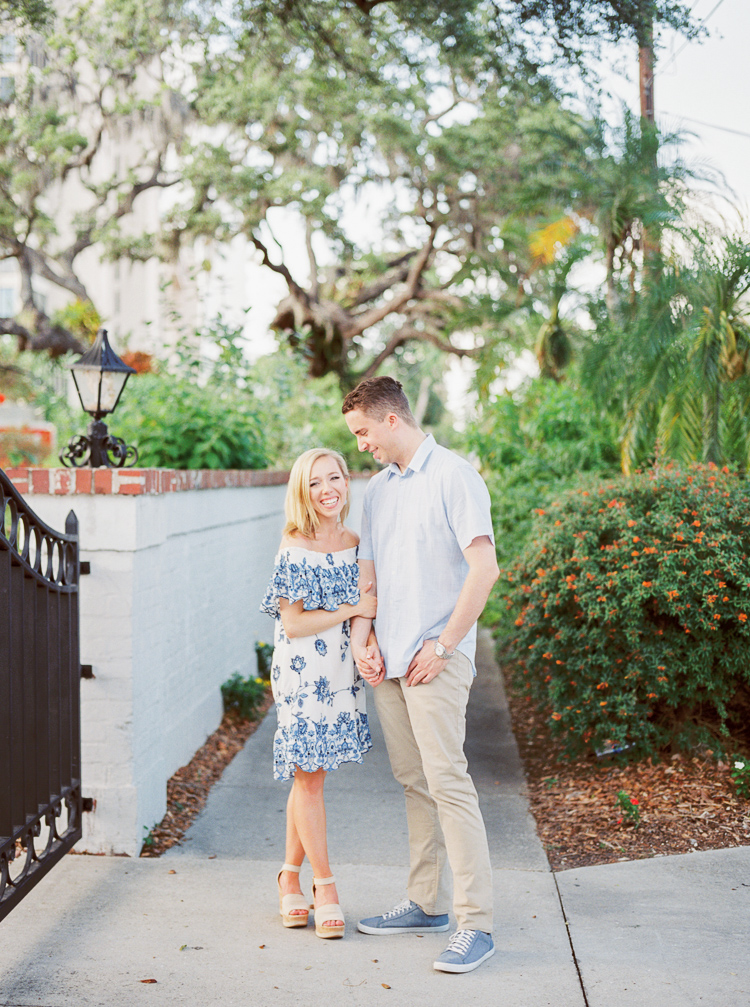 sarasota-selby-gardens-engagement-photographer-lauren-galloway-photography-37.jpg