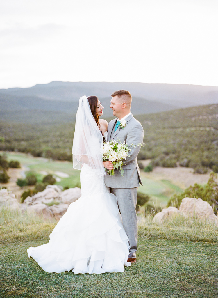 New Mexico Paako Ridge Golf Club Wedding Albuquerque Photo | Lauren Galloway Photography-76.jpg
