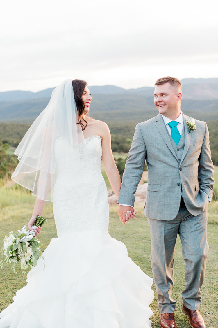 New Mexico Paako Ridge Golf Club Wedding Albuquerque Photo | Lauren Galloway Photography-96.jpg