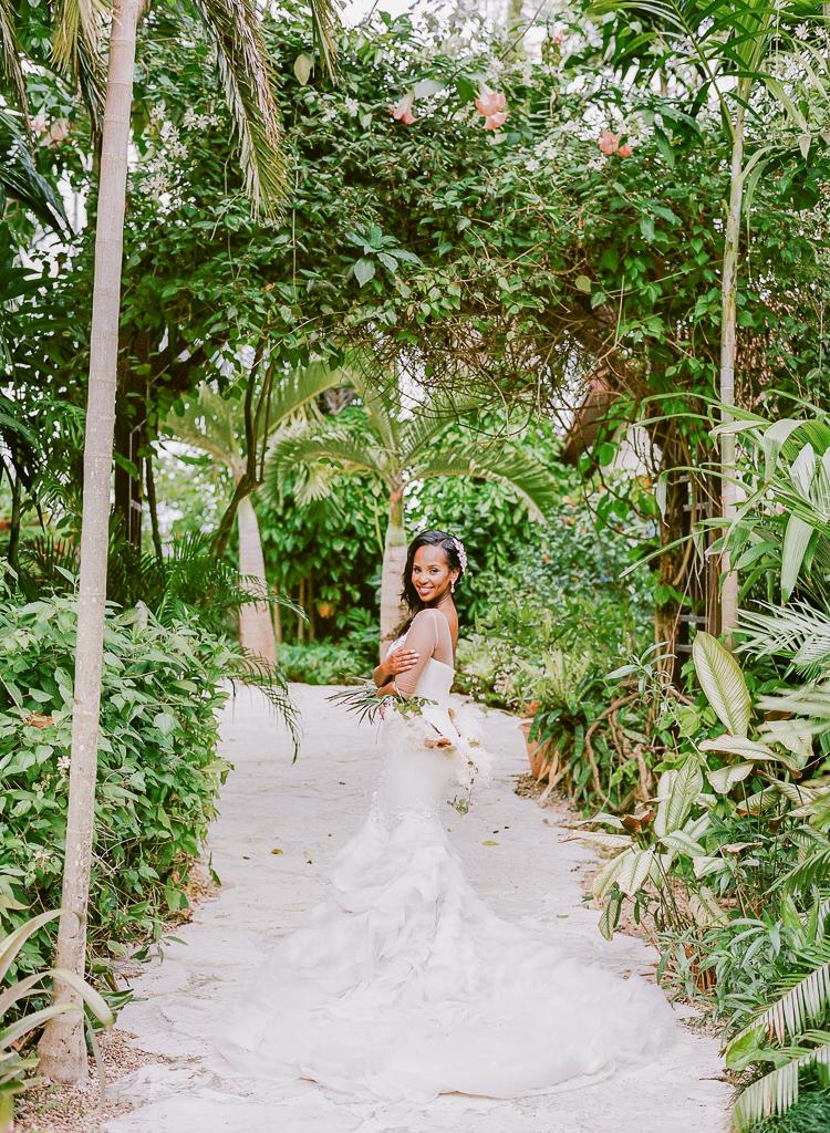 Historic Walton House | Miami Tropical Wedding Photographer | Lauren Galloway Photography -53.jpg
