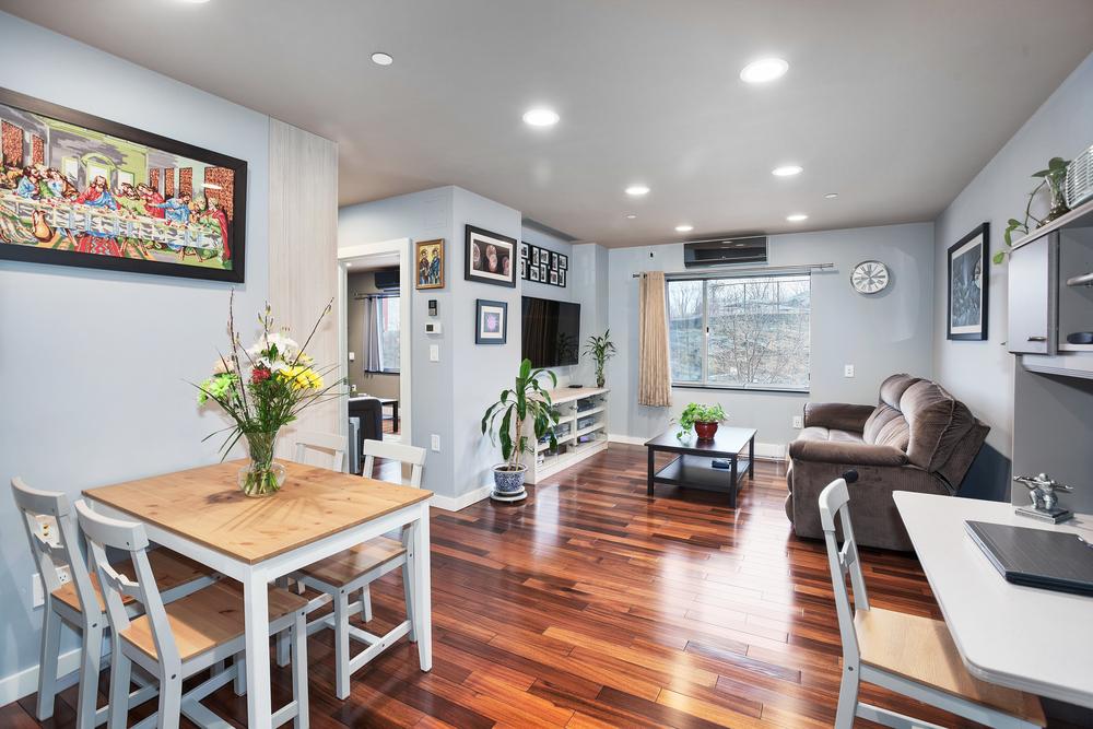 2360 Amsterdam Avenue  |  $769.000