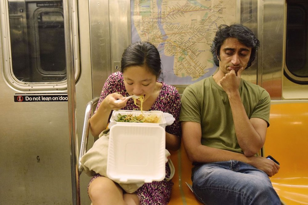 eating-on-nyc-subway.jpg
