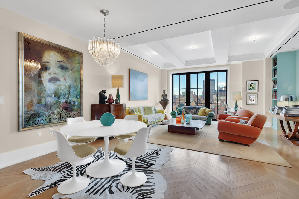 Now That Shes Moving Back To Her Native France Cosmetics Entrepreneur Laura Mercier Has Decided Sell Stylish Walker Tower Condo The Two Bedroom