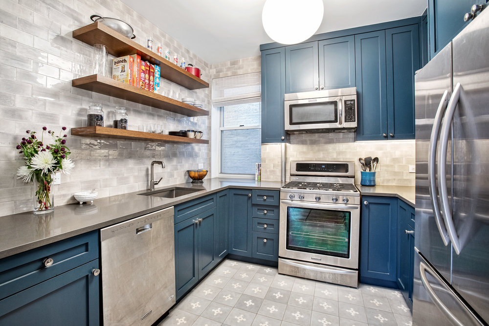 129columbiaheights4-kit.jpg