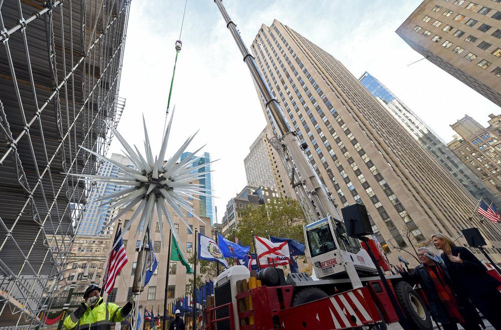 Libeskind-Rockefeller-Center-Christmas-Tree-Star-2.jpg