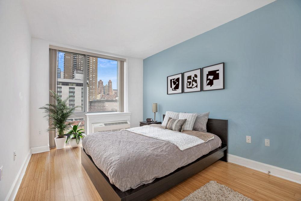 Andrew_505w47thst6en_Bedroom_staged_corrected_TT.jpg