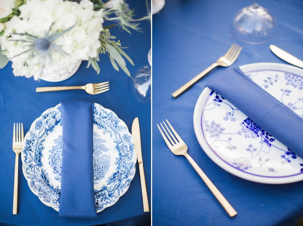 navy-vintage-place-setting