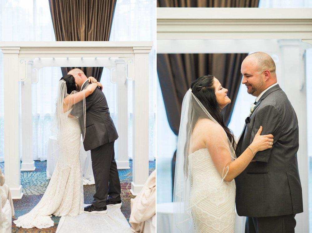 wedding-first-kiss