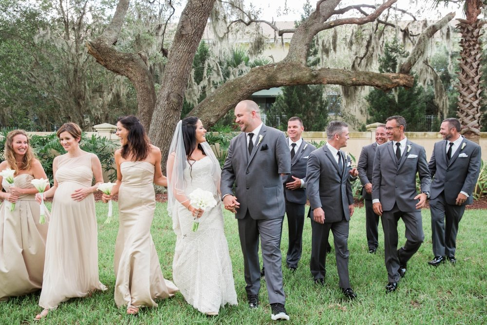 gold-and-white-wedding-bridal-party