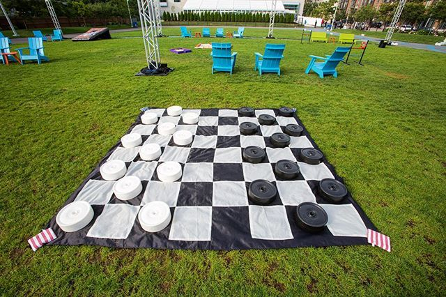 King Me 👑 Outdoor games are just more fun when they're GIANT! #doublejump #tbt • • • #dpievents #dpidecor #outdoorgames #lawnonD #checkers #giantgames #dmc #dmcnetwork #dmcinboston #bostondmc