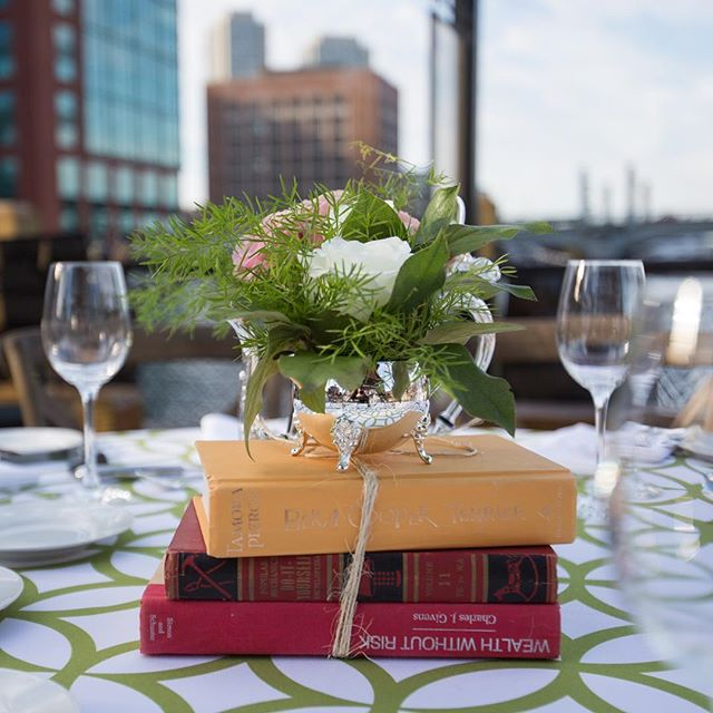 Telling a 📚story📖 with the decor! Each event has its own tale to tell! • • • #dpievents #dpidecor #dmc #dmcnetwork #florals #centerpieces #eventplanning #bostonteaparty #teaparty #bostonmeetings #outdoorreception