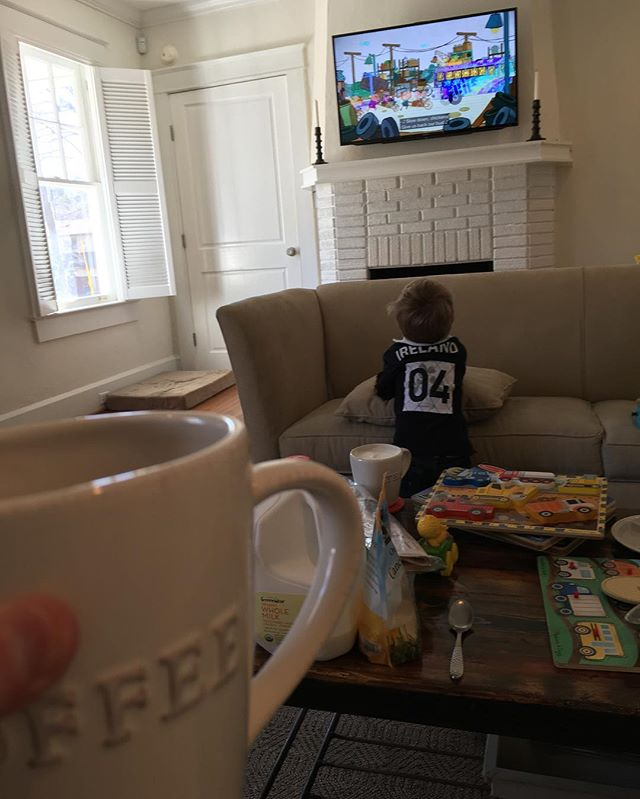 When you want to come over to your best friends house to play on the swing set then watch Saturday morning cartoons, you think the world is still good. Oh, plus good coffee. Thanks @taylorpeake & @spencerwyatt