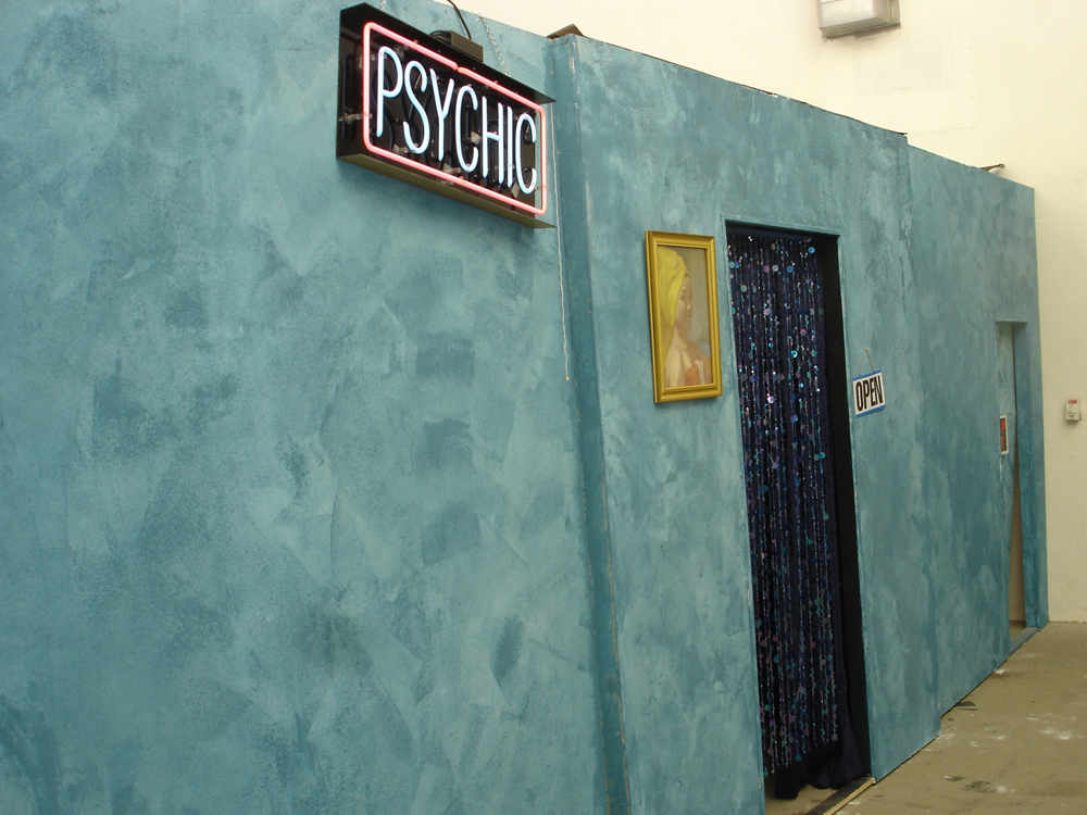 Psychic01.jpg