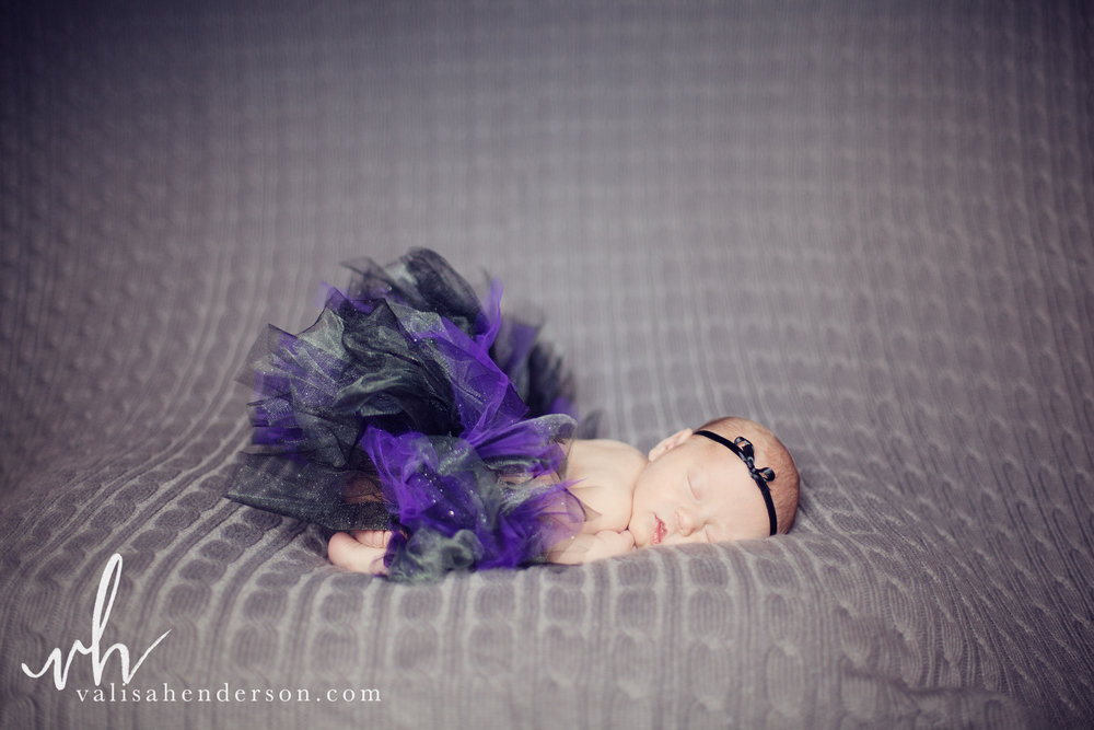 VHP-AnwenNewbornShoot (36 of 44).jpg