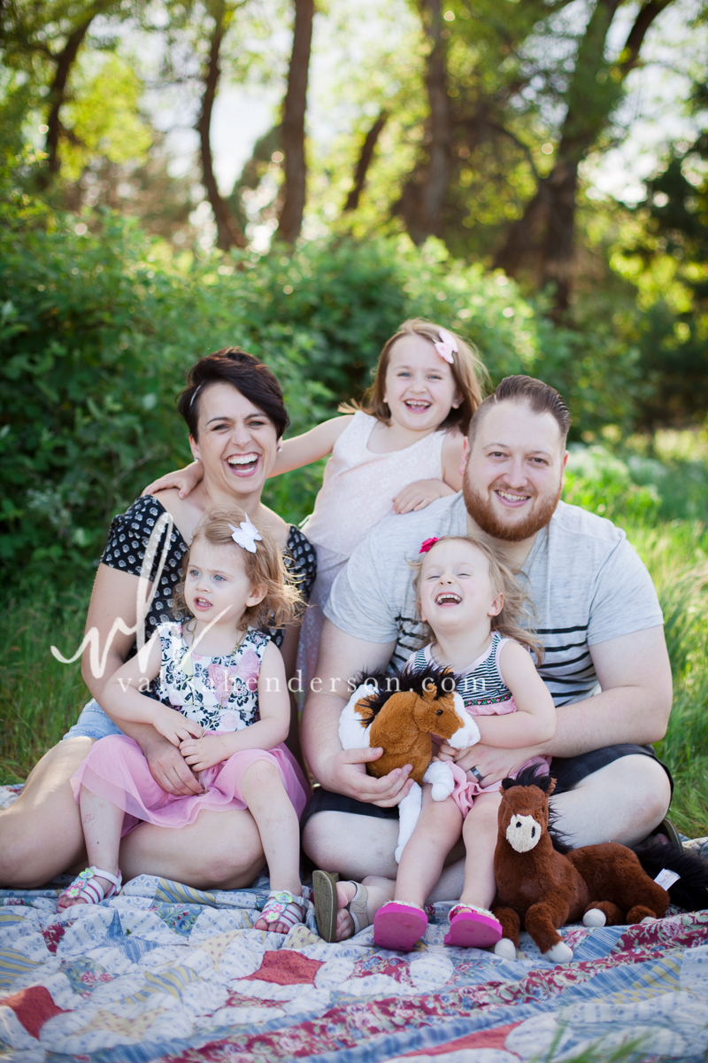 Yreka Family Photographer (7 of 15).jpg