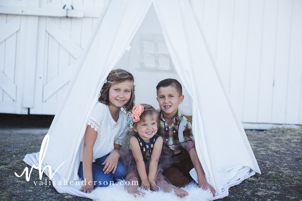 Yreka Family Photographer - Brownell Kids (16 of 55).jpg