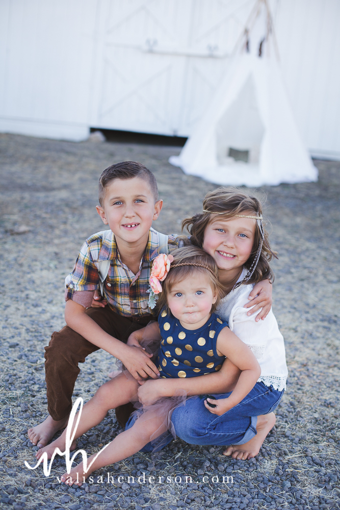 Yreka Family Photographer - Brownell Kids (35 of 55).jpg