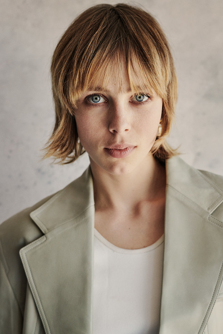 British Vogue - Edie Campbell