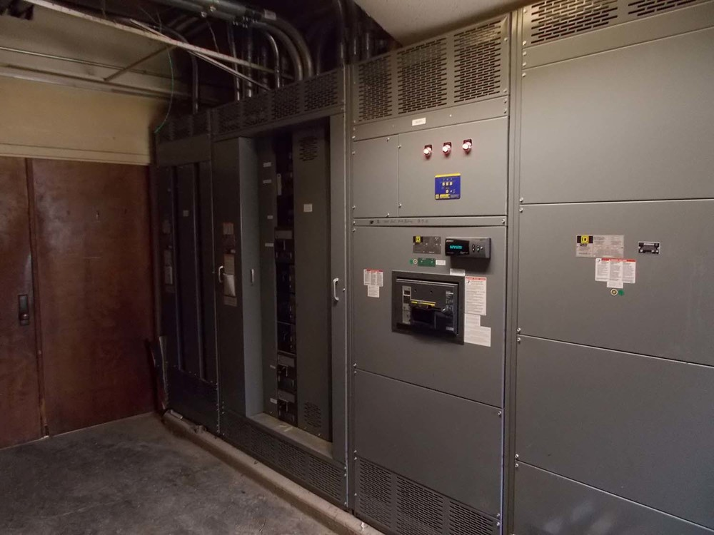 KSU willard hall main interior elec switchgear (2).JPG