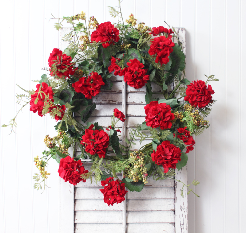 premade-geranium-wreath.jpg