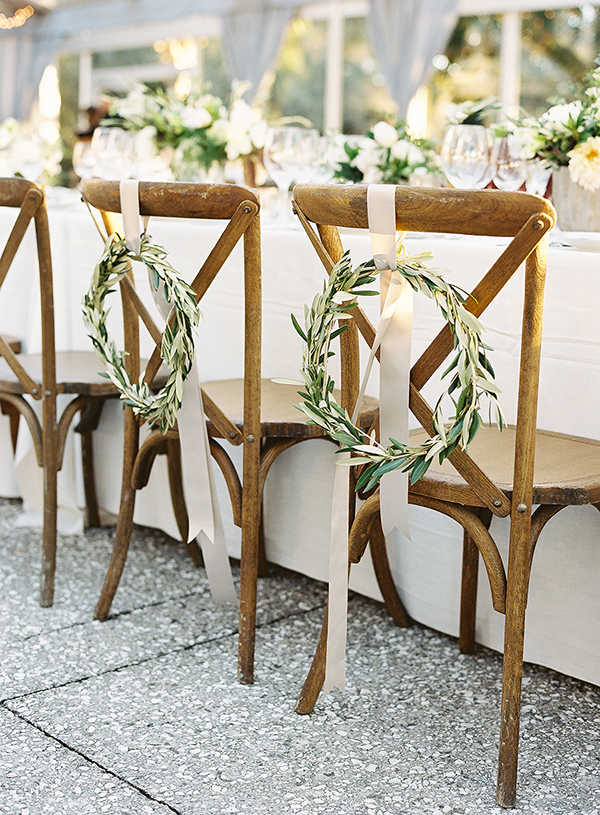 http://snippetandink.com/south-carolina-wedding-at-lowndes-grove-sarah-phil/