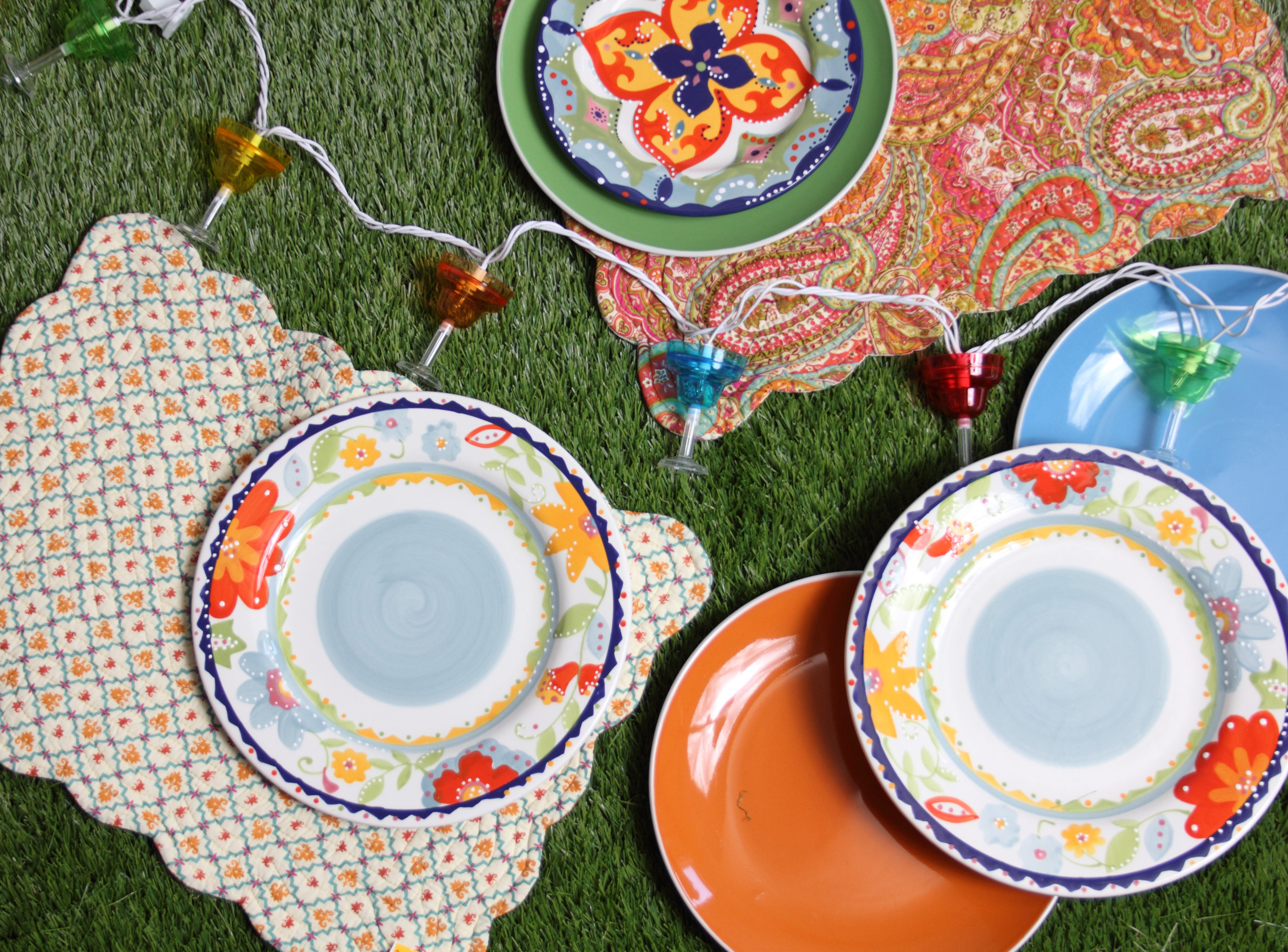 Tabletop Decor at Prairie Gardens, Champaign IL - July 2017 Summer Yard Sale - Selection May Vary