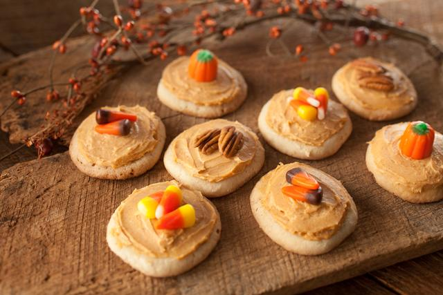 Pumpkin Harvest Cookies from Wind and Willow