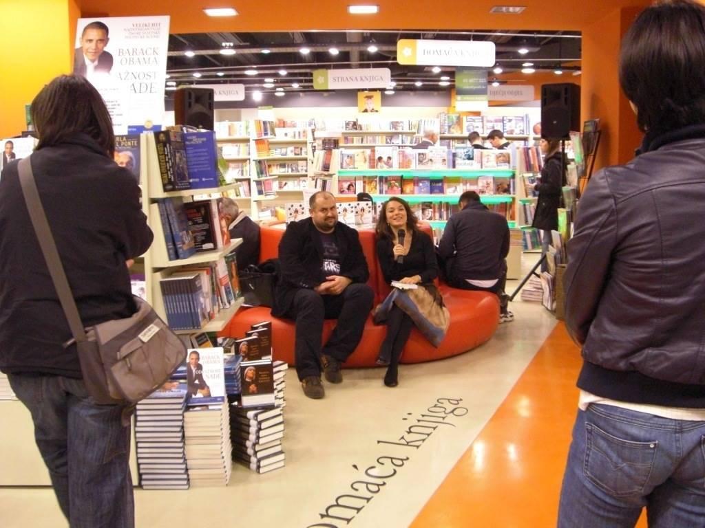 booktour08-022.jpg