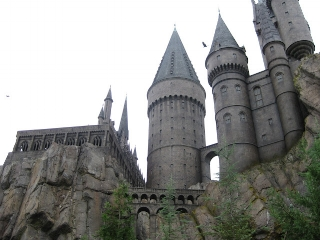Oct 18 - Wizarding World of Harry Potter and shopping