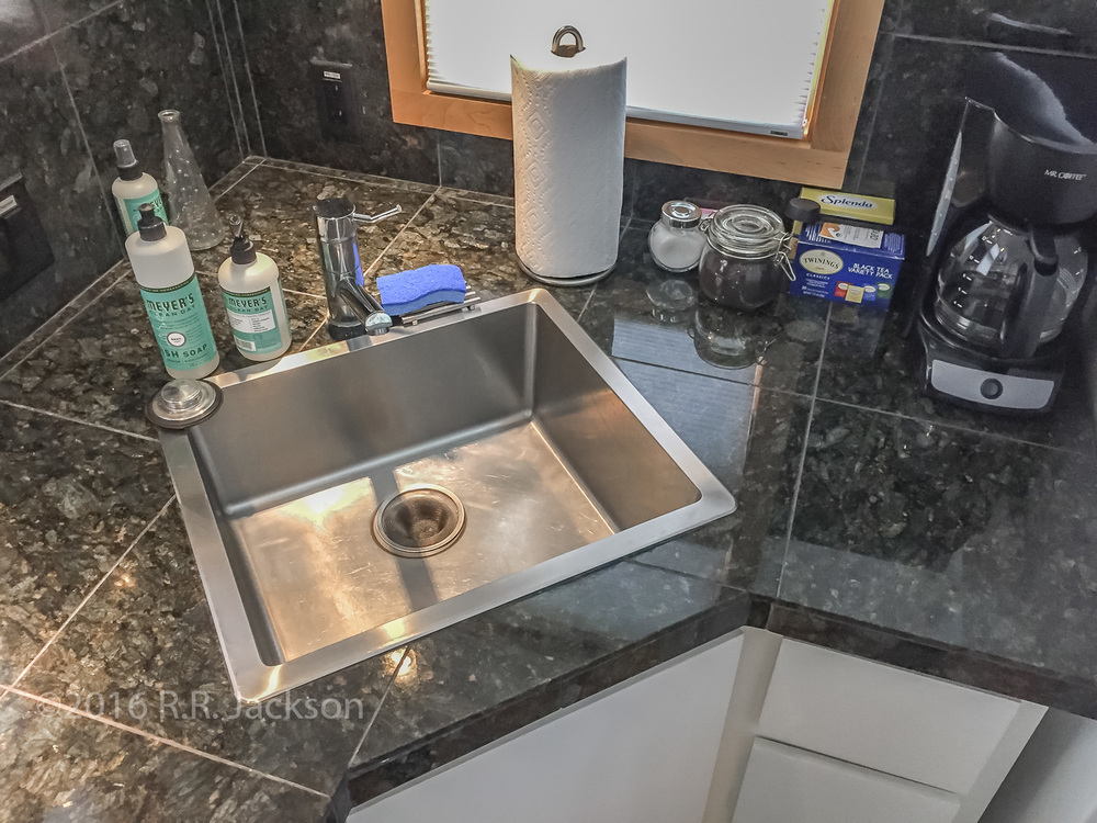 sqspace_kitchen sink.jpg