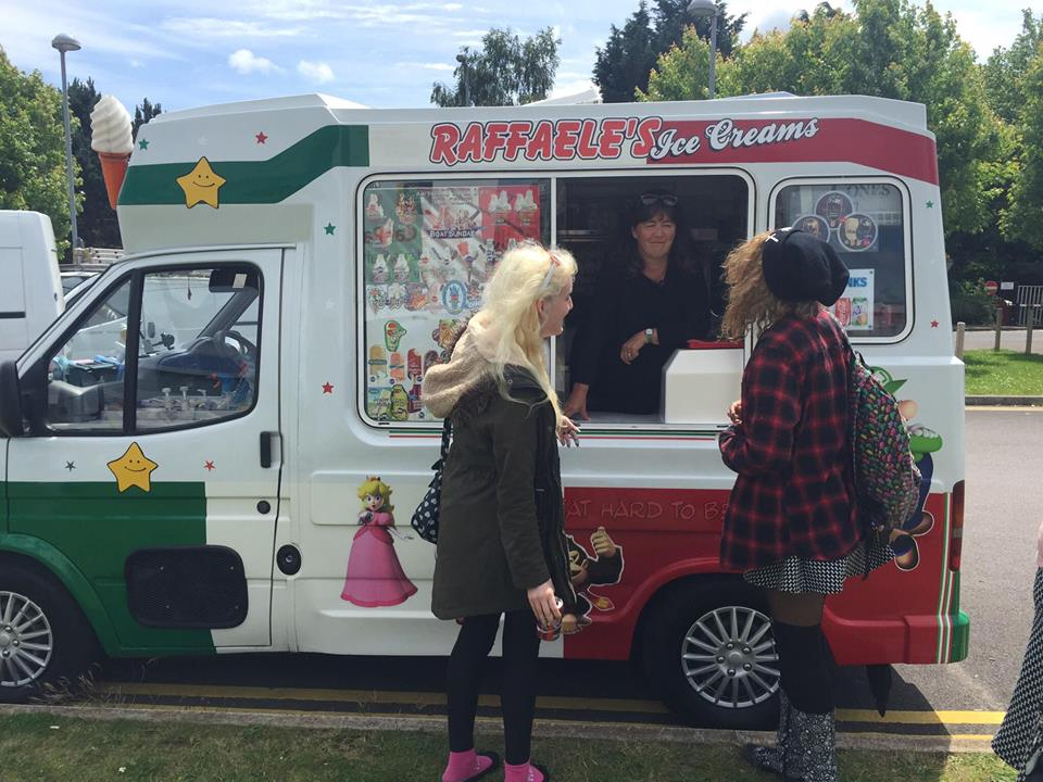 Belinda's Student's enjoyed their ice creams at Swindon College