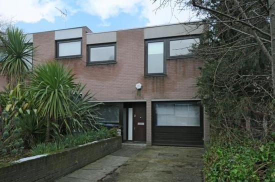 4 bedroom houses, Jacksons Lane, Highgate