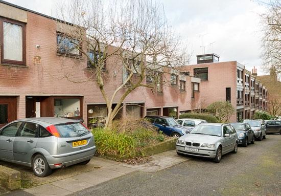 4 bedroom houses, Jackson's Lane, Highgate