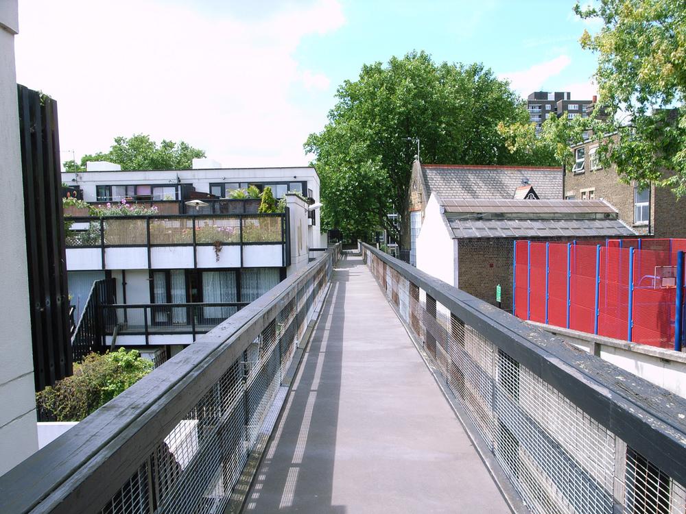 Walkway, Dunboyne Road/Fleet Road, north London