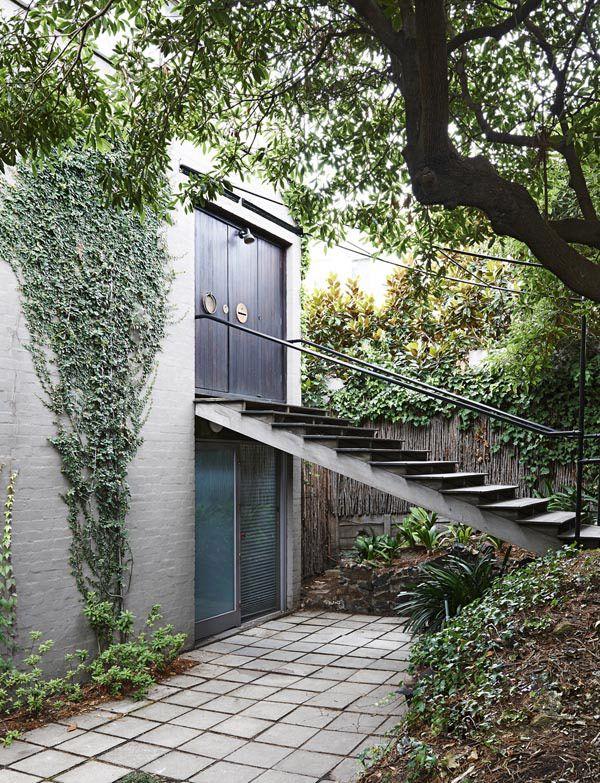 Boyd House, entrance