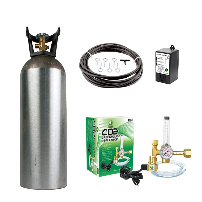20 lb. CO2 tank and Titan Controls Regulator kit