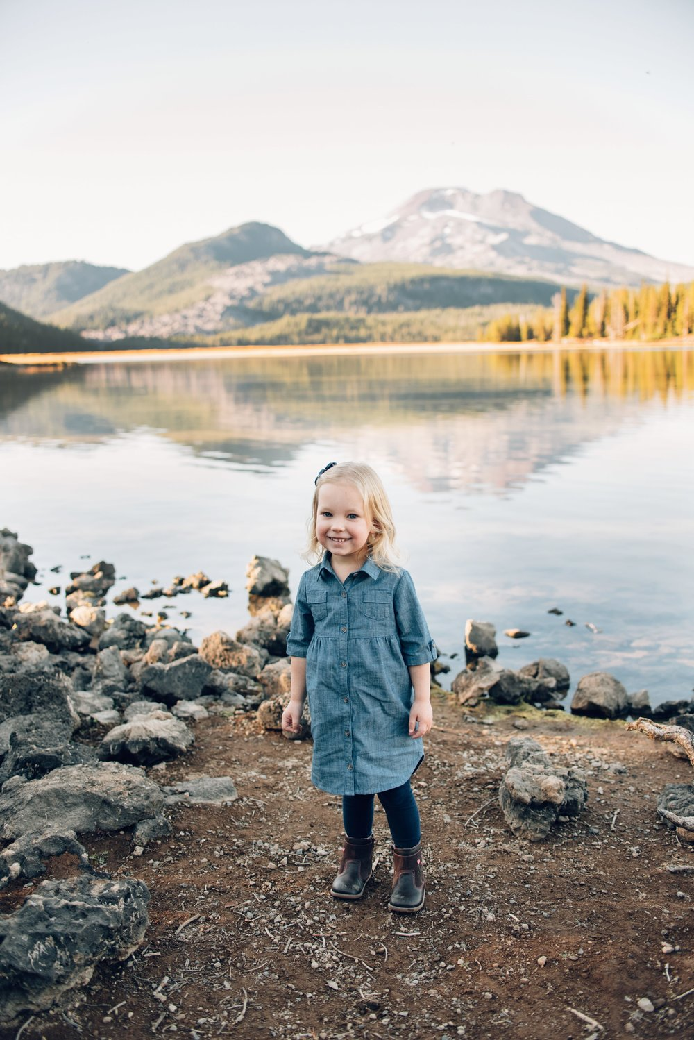 sparks-lake-fall-session
