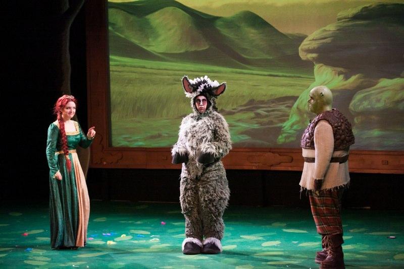 2-2-14 Shrek Bog Cast 0281.jpg