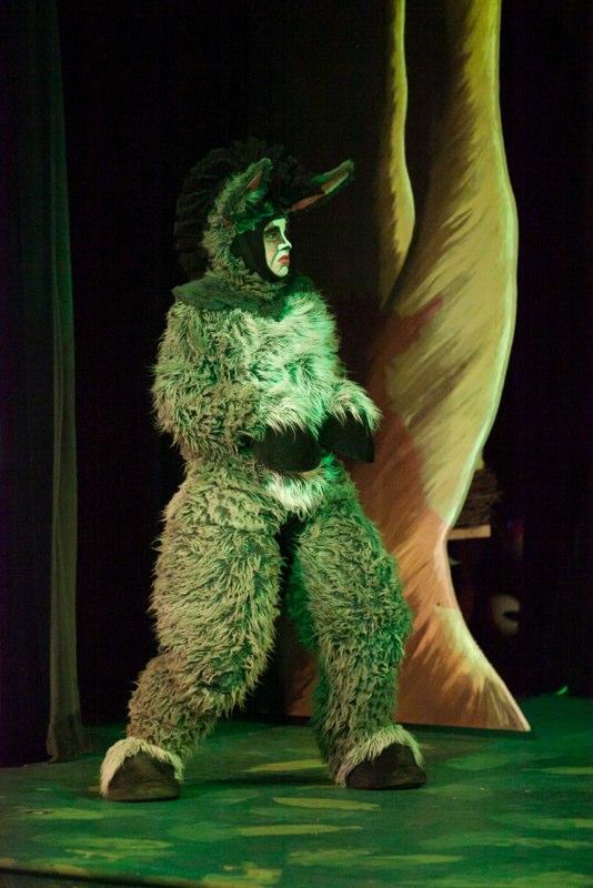 2-7-14 Shrek Quagmire Cast 0049.jpg