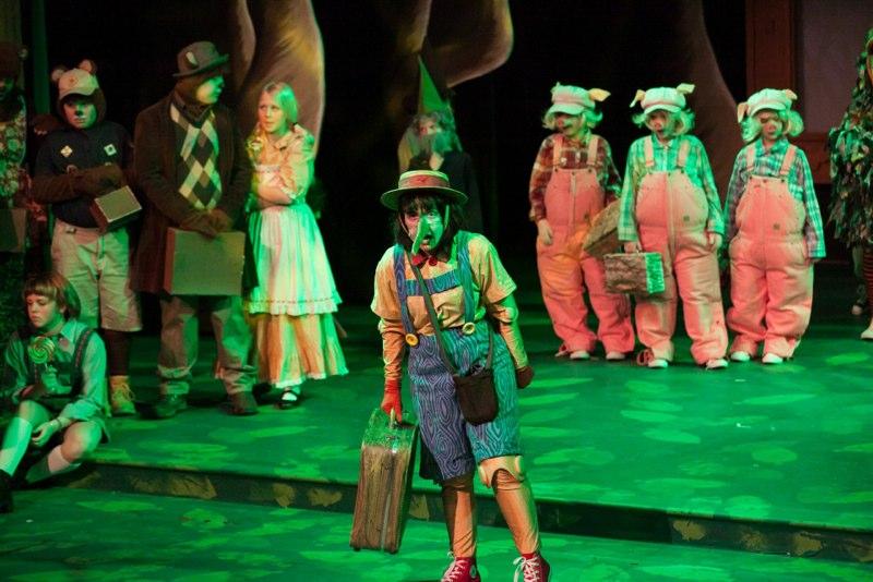 2-7-14 Shrek Quagmire Cast 0312.jpg