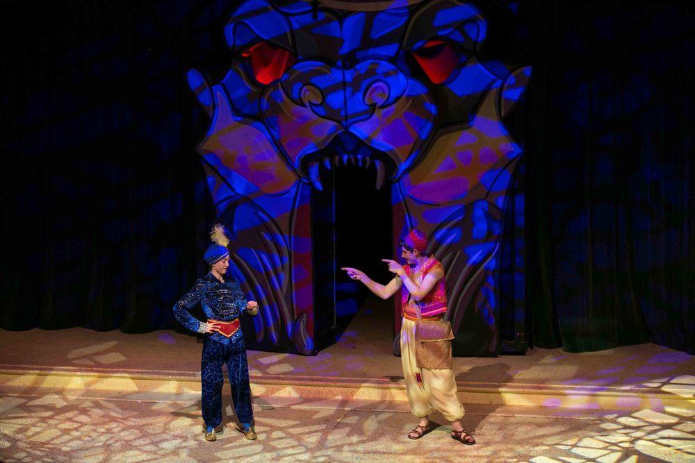 0172 Aladdin Cous Cous.jpg
