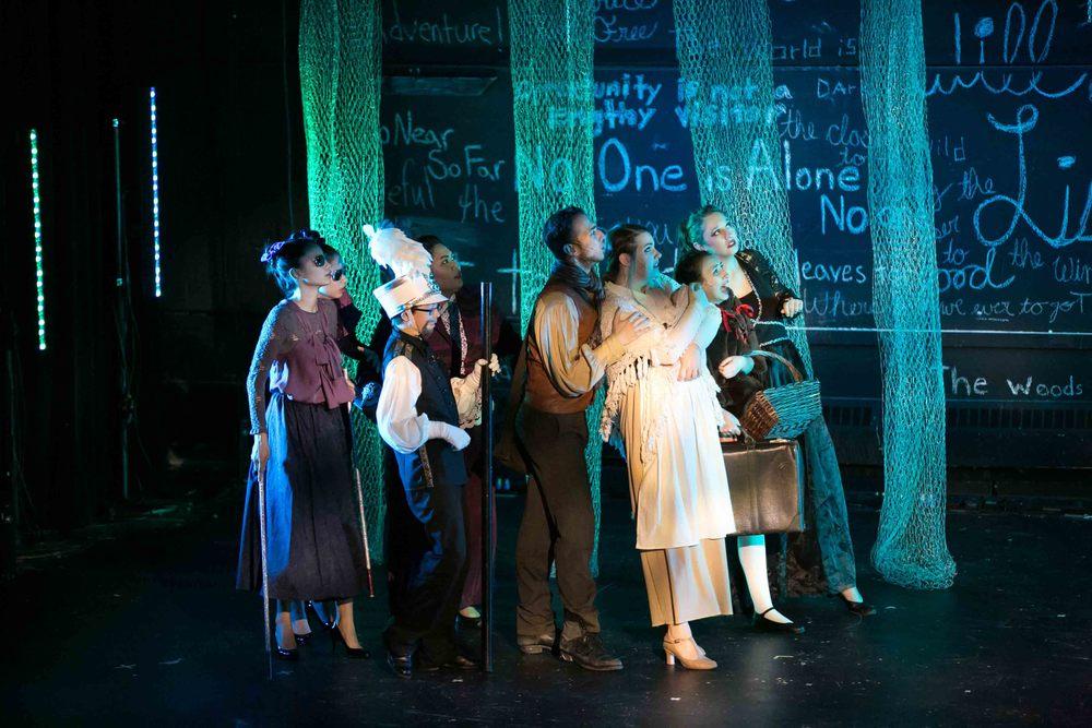0269 Fiddleferns Cast.jpg