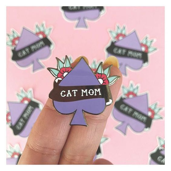 cat-mom-pin