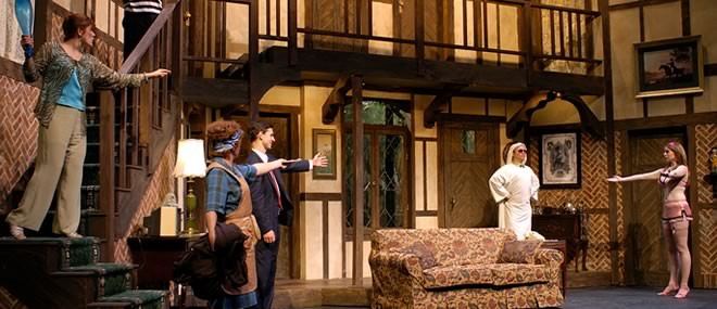"'Noises Off,"" The Playhouse Theatre"