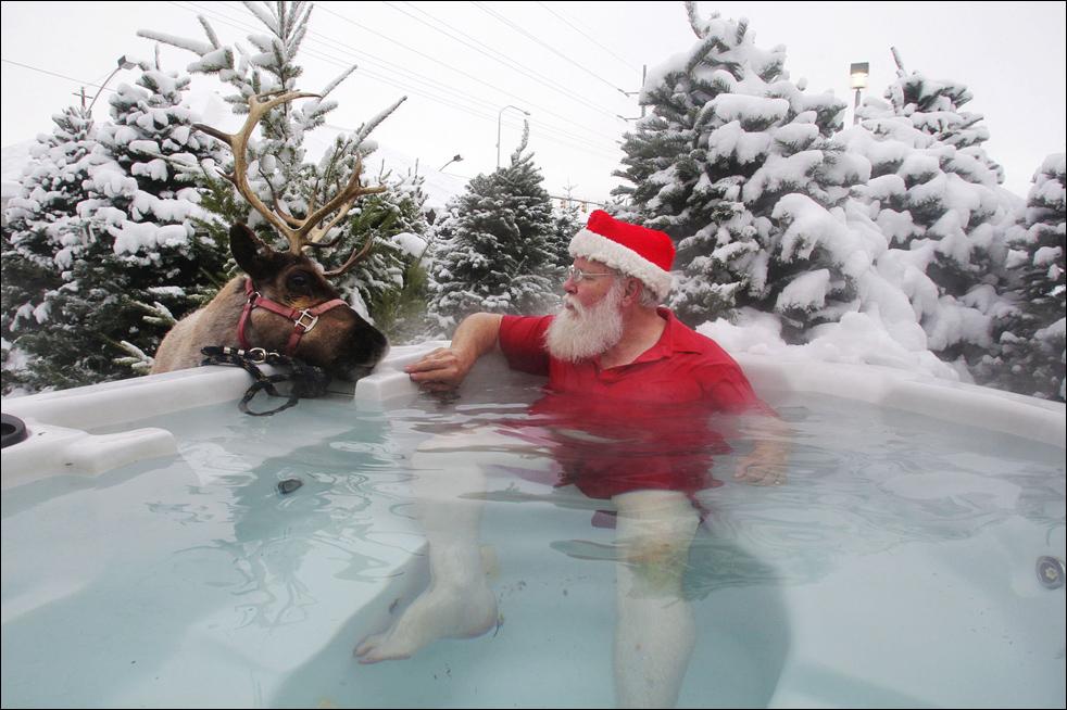santa hot tub.jpg