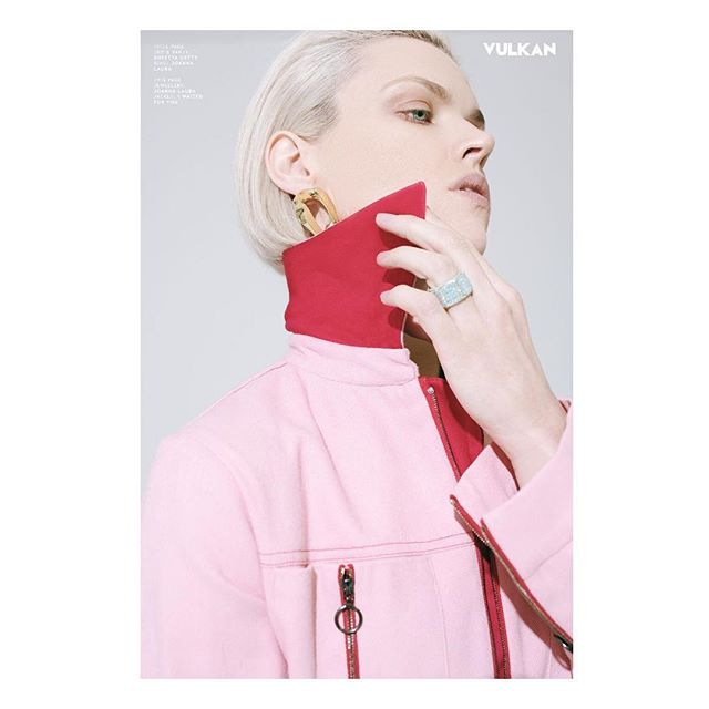 Erin Richards shot by @kalejfstudio for Vulkan Magazine @vulkanmag  Stylist: @danielleh_styles  Makeup: Lauren Citera Hair trim and styling : #alinafriesen @alina_friesen #hairstylist #oribe #hair #blonde #bob #undercut #red #vulkanmag #photo #photography #fashion #interview