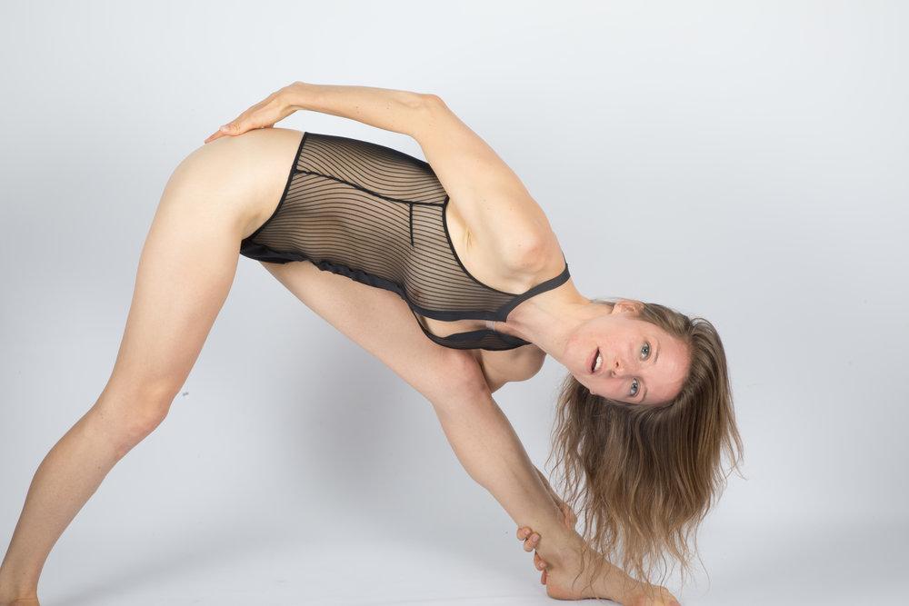 Kat Yoga-7083.jpg