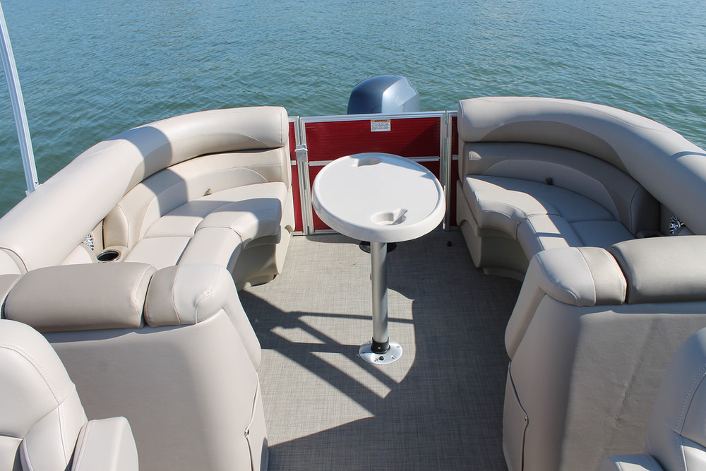 vantage-boat-share-rental-club-22-vantage-pontoon-boat-nt-12.jpg