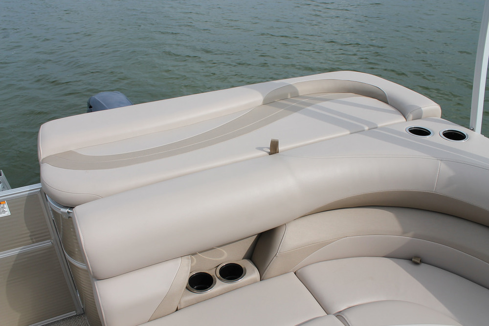 vantage-boat-share-rental-club-22-vantage-pontoon-boat-nt-4.jpg