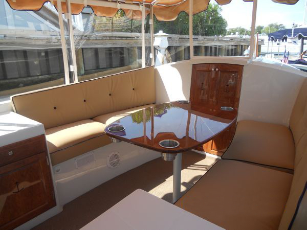 vantage-boat-share-rental-club-22-duffy-electric-boat-3.jpeg